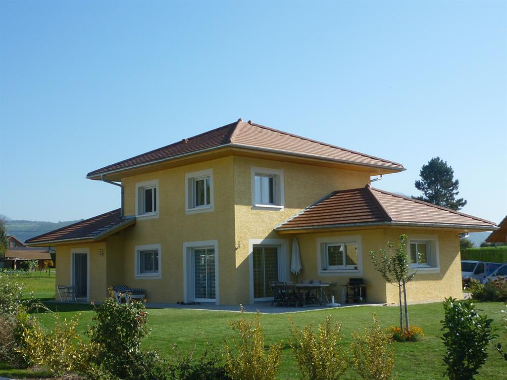 Maison avec fa ade jaune alexandre morand photo n 62 for Facades exterieures de maison