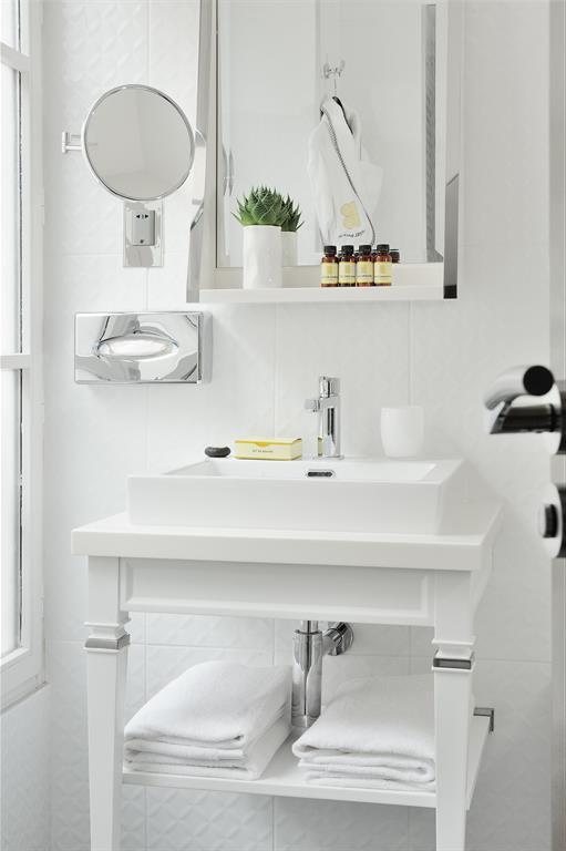 salle de bain contemporaine blanche 119359 salle de bain design et - Salle De Bain Contemporaine Blanche