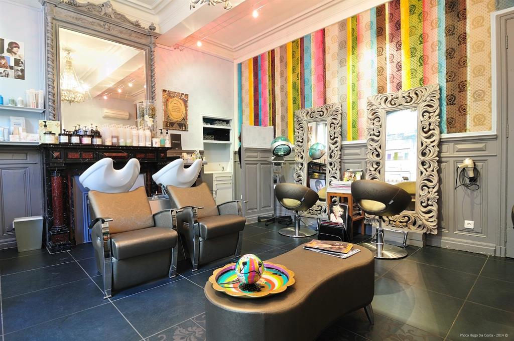 Best Salon De Coiffure Ultra Moderne Gallery - Amazing House ...