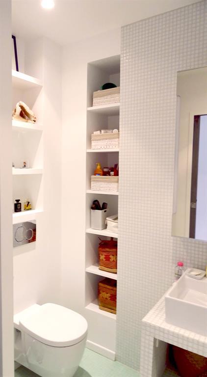 Optimisation d 39 une toute petite salle de bain parisienne - Toute petite salle de bain ...