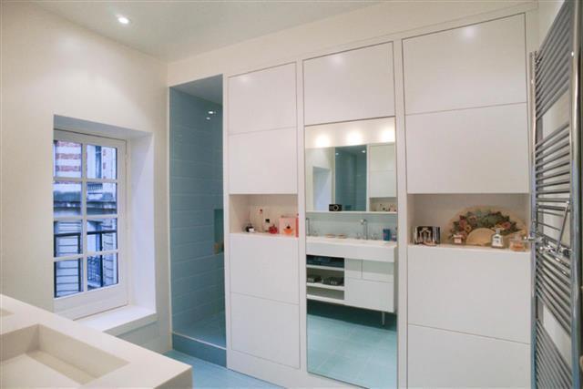 De Bain Contemporaine Grise  Salle de bain contemporaine blanche