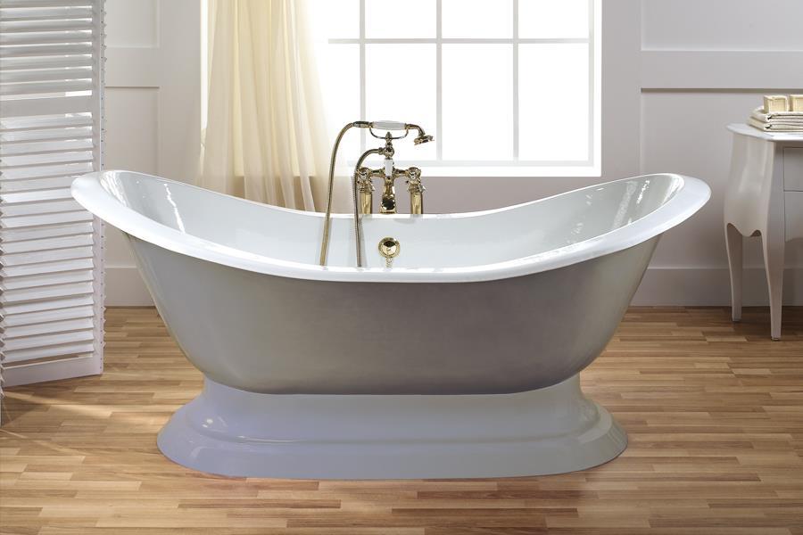 baignoire classique good baignoire duangle avec dcoration classique with baignoire classique. Black Bedroom Furniture Sets. Home Design Ideas
