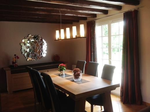 d coration salle a manger avec poutres. Black Bedroom Furniture Sets. Home Design Ideas
