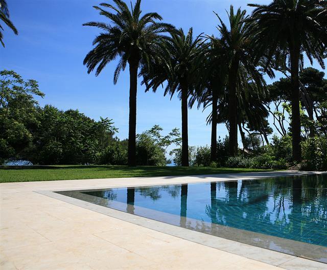 Piscine Design Contemporain: 899817-piscine-design-et ...