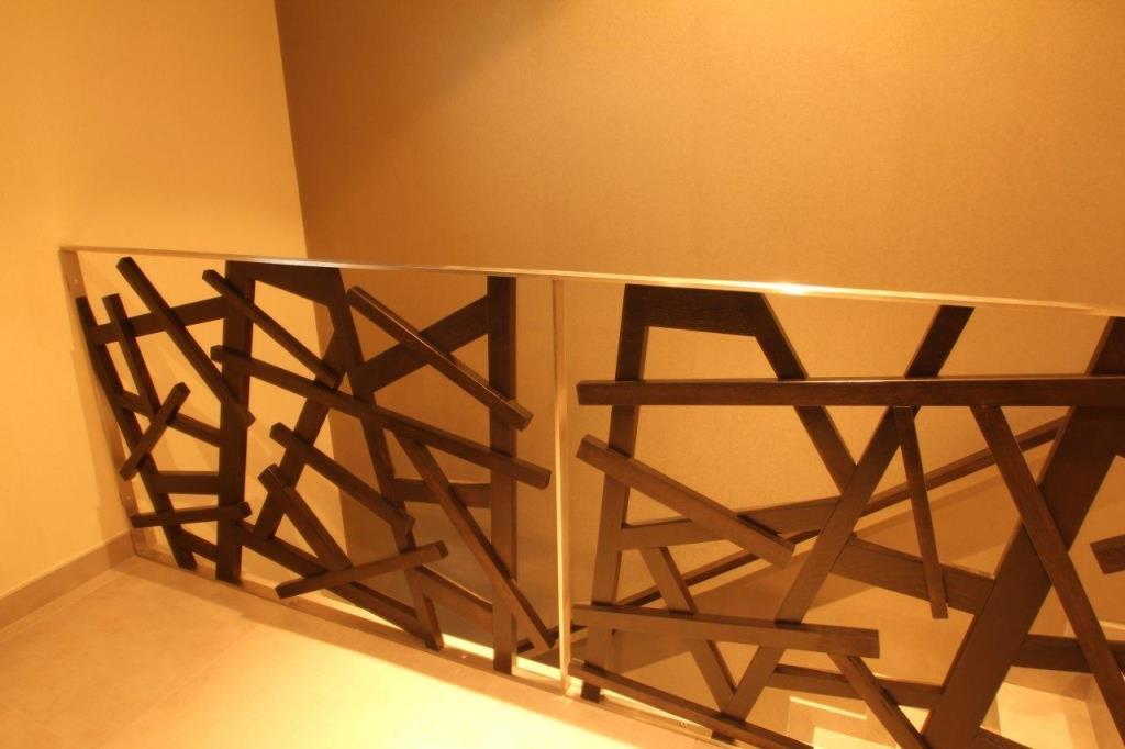 Un joli garde corps en inox et bois lynium photo n 60 for Escalier interieur bois design