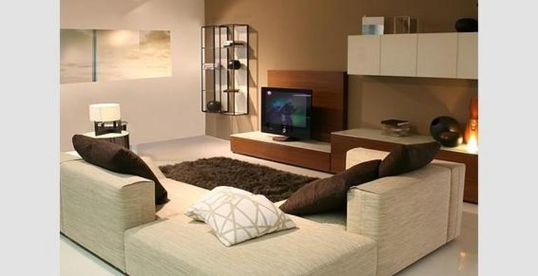 idee deco salon moderne chaleureux avec des. Black Bedroom Furniture Sets. Home Design Ideas