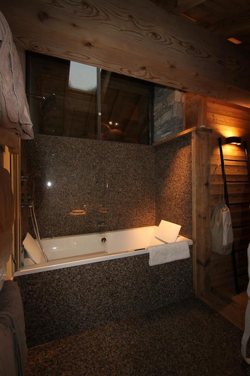Salle de bain chalet moderne id es novatrices de la for S bain cholet