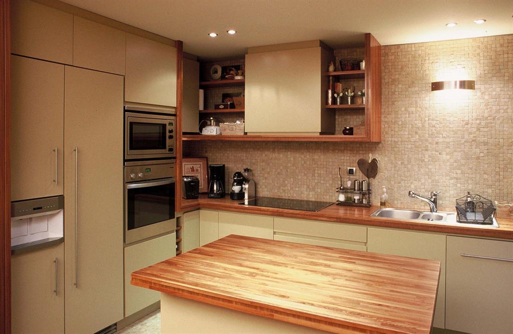 230374-cuisine-design-et-contemporaine-mosaiques-murales-et-plans.jpg