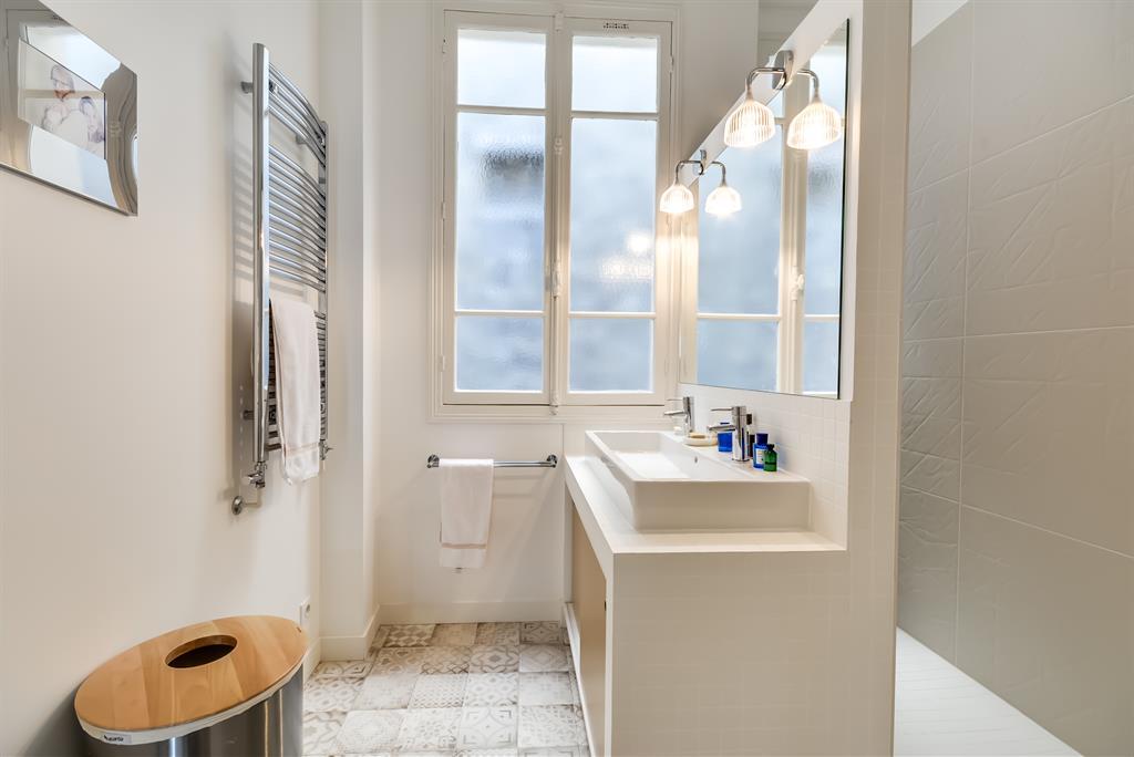 salle de bain avec fenetre  de superbes petites salles de bains