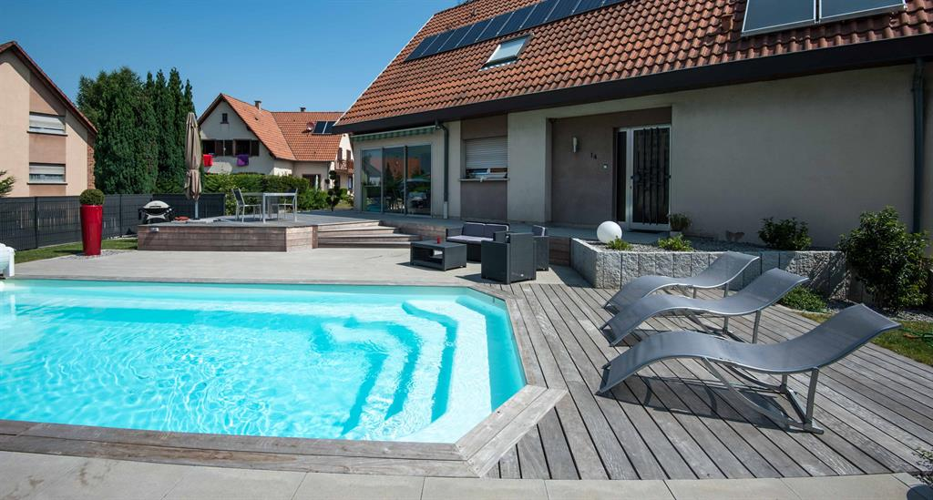 piscine bois avec terrasse. Black Bedroom Furniture Sets. Home Design Ideas