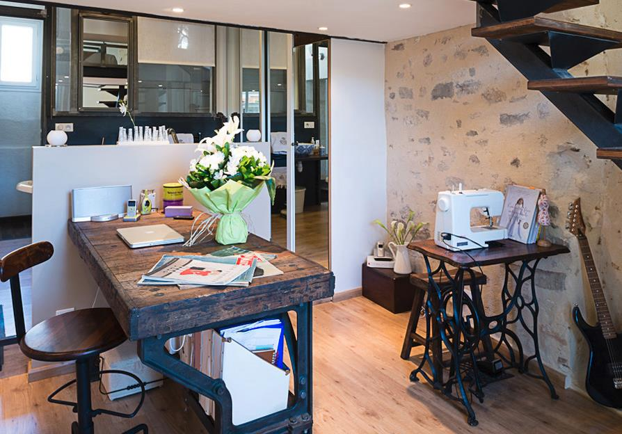 Bureau Bois Massif Moderne : 282782-bureau-moderne-bureau-rustique-en-bois.jpg