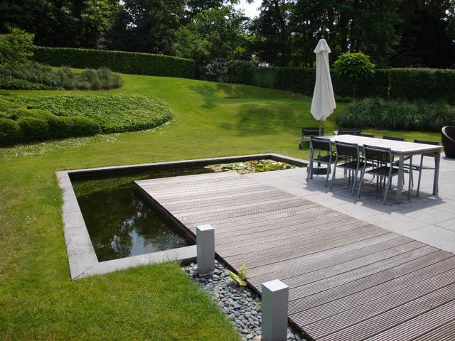 Terrasse pavés et bois avec bassin à langle PaulEmmanuel  ~ Terrasse Bois Bassin