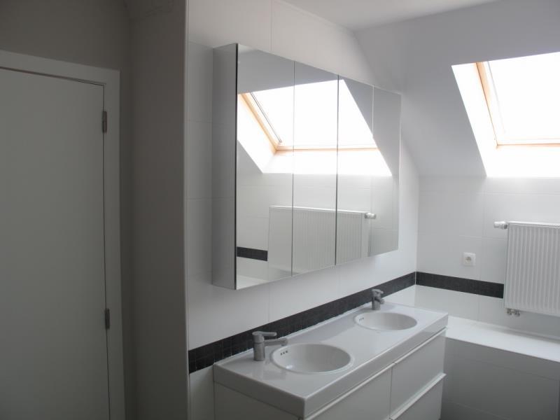 salle de bain rouge et blanche frise salle de bain rouge salle de bain - Salle De Bain Frise Rouge