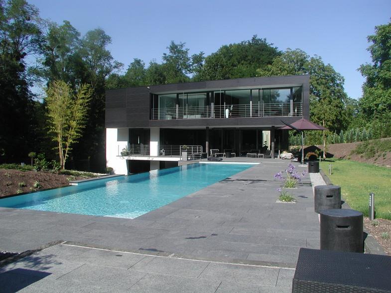 Villa Avec Terrasse : Villa noire avec terrasse Emergence Architectes photo n u00b006