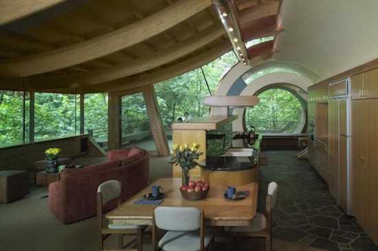 Benoît Peyrat , Intérieur futuriste dune maison en bois