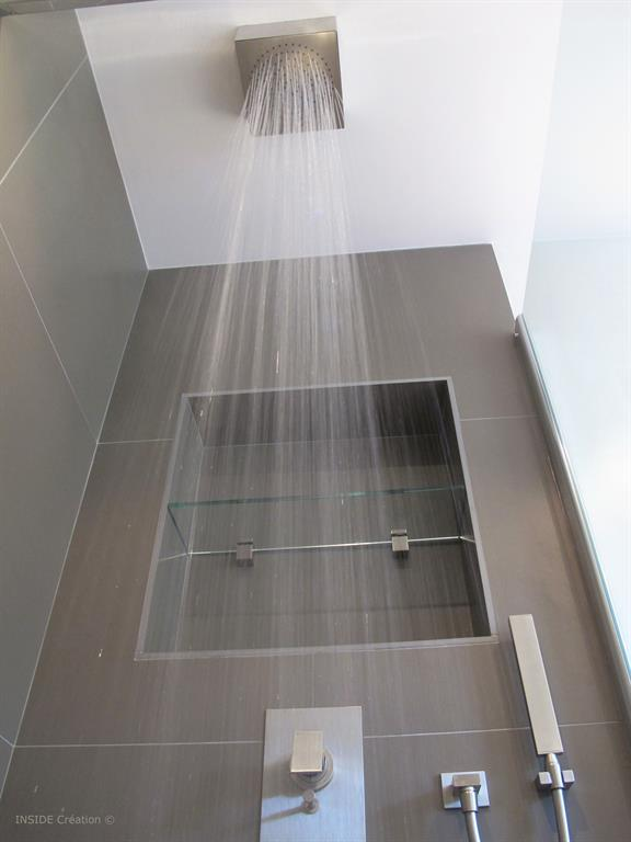 Emejing construire niche salle de bain ideas lalawgroup us réalisation
