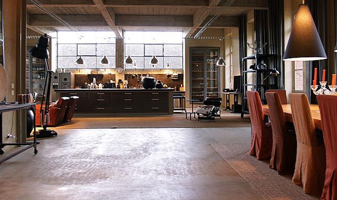 Esprit loft et atelier industriel vue sur seine design for Loft et atelier