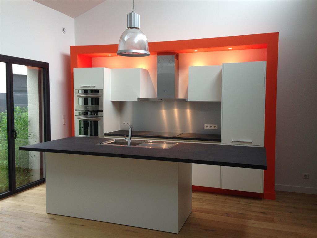 Cuisines blanches idée décoration cuisines blanches et aménagement ...