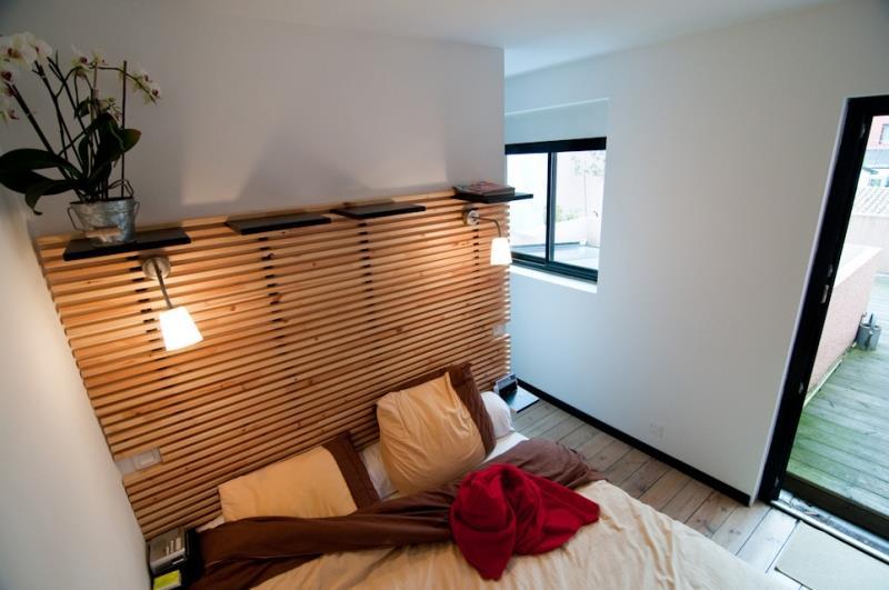 Tete De Lit Moderne En Bois : Image Chambre avec t?te de lit en bois Camille Petuaud-Letang