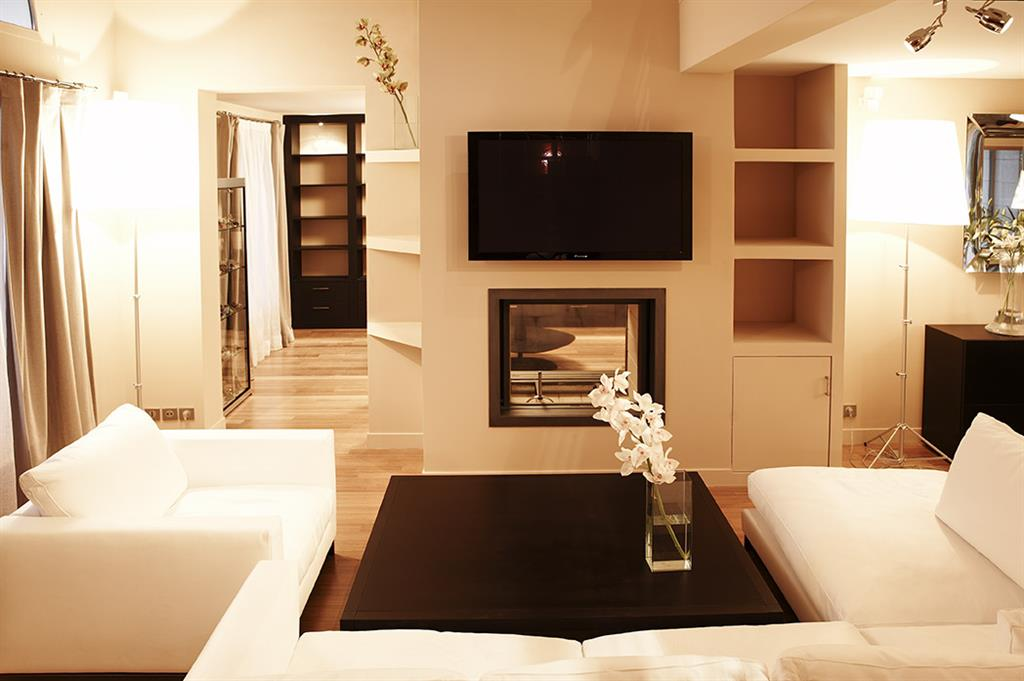 maison magny le hongre 77. Black Bedroom Furniture Sets. Home Design Ideas