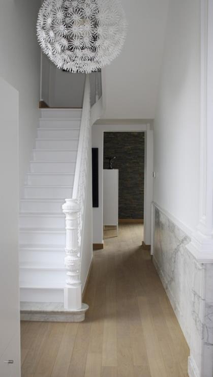 Escalier Peint En Blanc - Sac De Golf