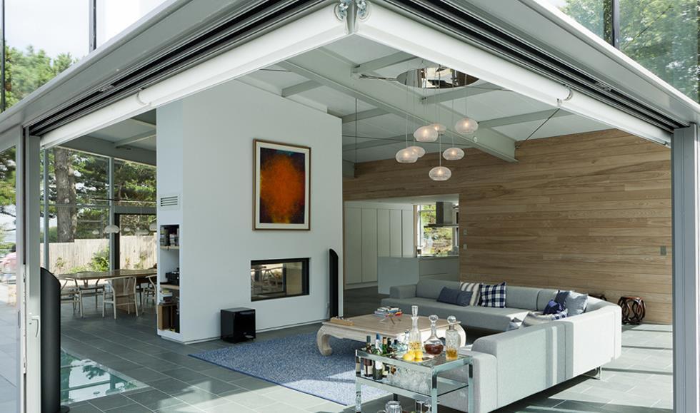 amenagement salon avec baie vitree salon ouvert sur lextrieur baie vitre entirement coulissante - Maison Moderne Avec Grande Baie Vitree