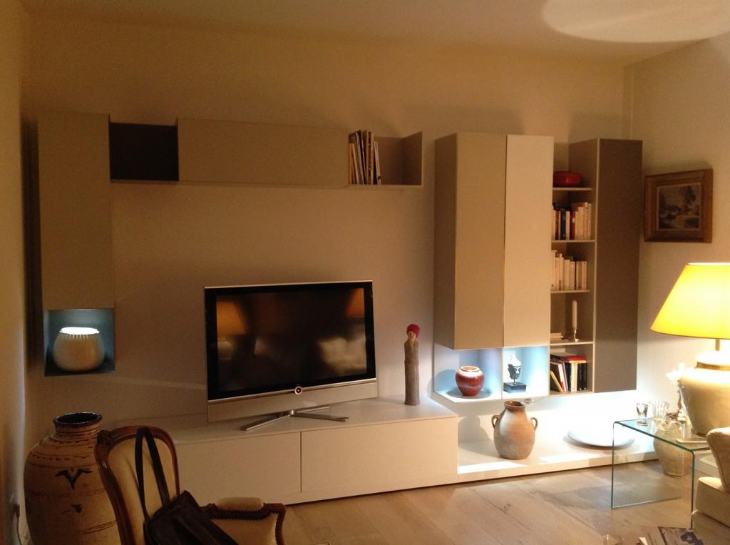 Meuble bibliotheque tv contemporain solutions pour la for Meuble bibliotheque design
