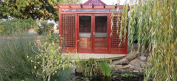 45656-jardin-regional-et-traditionnel-jardin-avec-spa-de.jpg