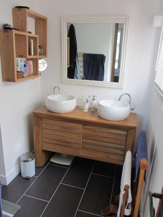 Une Salle De Bain Moderne : 471490-salle-de-bain-moderne-salle-de-bain ...
