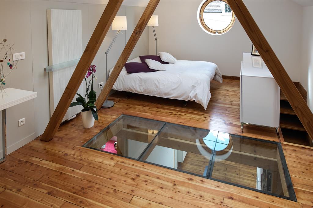 Suite parentale avec salle de bain sous comble chaios com combles aménagés une chambre