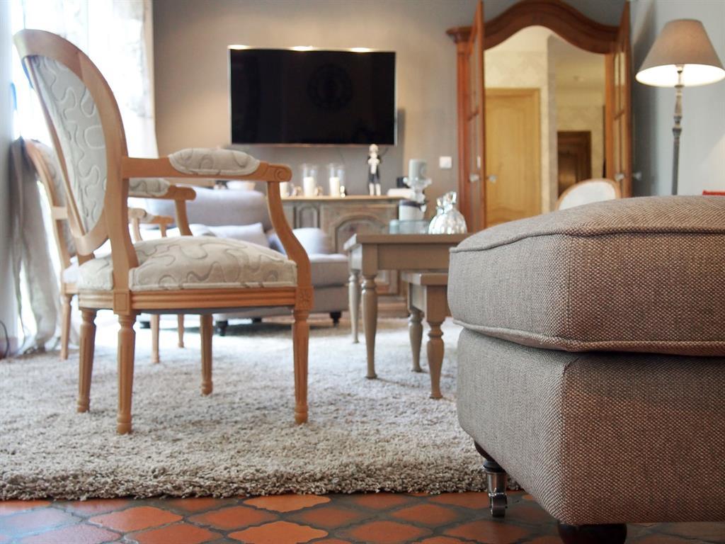 #926739 Mobilier Classique Et Couleurs Douces Géraldine FOURNY 4911 mobilier salon design contemporain 1024x768 px @ aertt.com