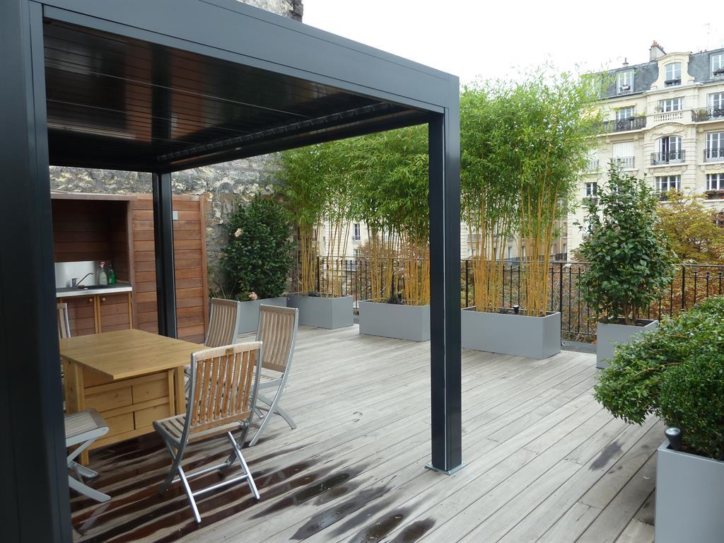 Jardiniere Bois Exotique Design : Terrasse de ville en bois exotique Sc?nes D'ext?rieur