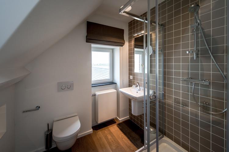 505467-salle-de-bain-moderne-salle-de-bain-moderne.jpg