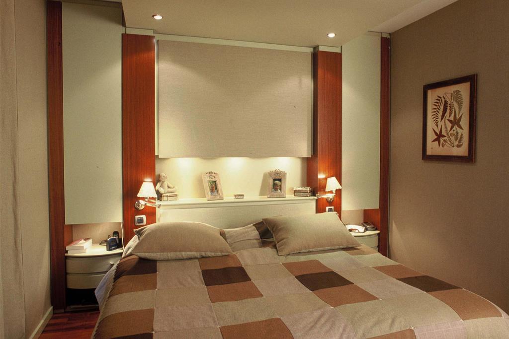 506472-chambre-design-et-contemporaine-chambre-parentale.jpg