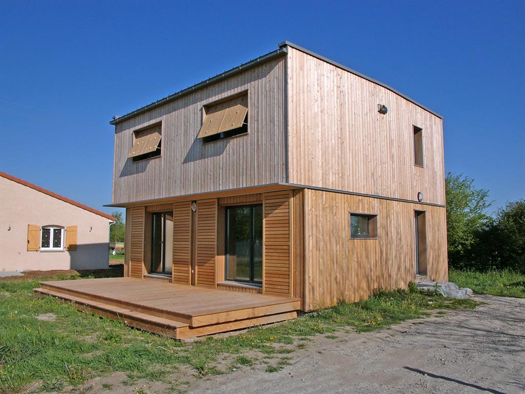 bois pour terrasse ext rieure. Black Bedroom Furniture Sets. Home Design Ideas