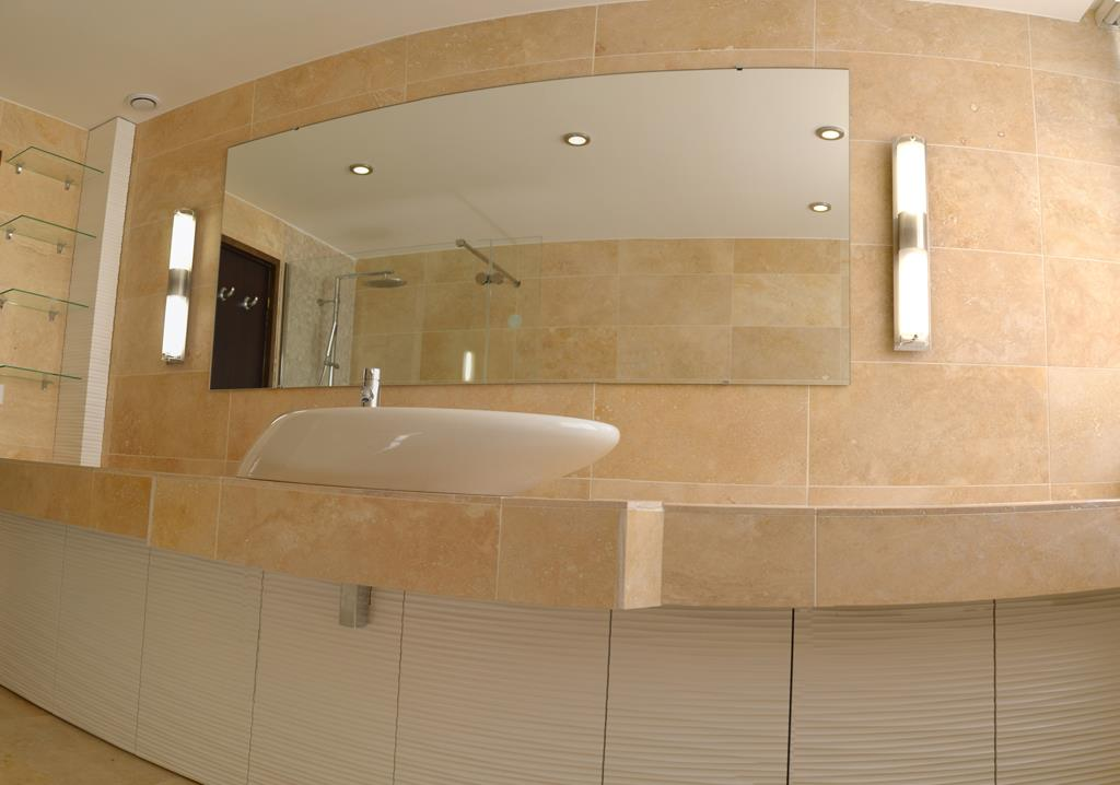 Salle de bain luxe ct creation photo n 96 domozoom - Salle de bain de luxe ...