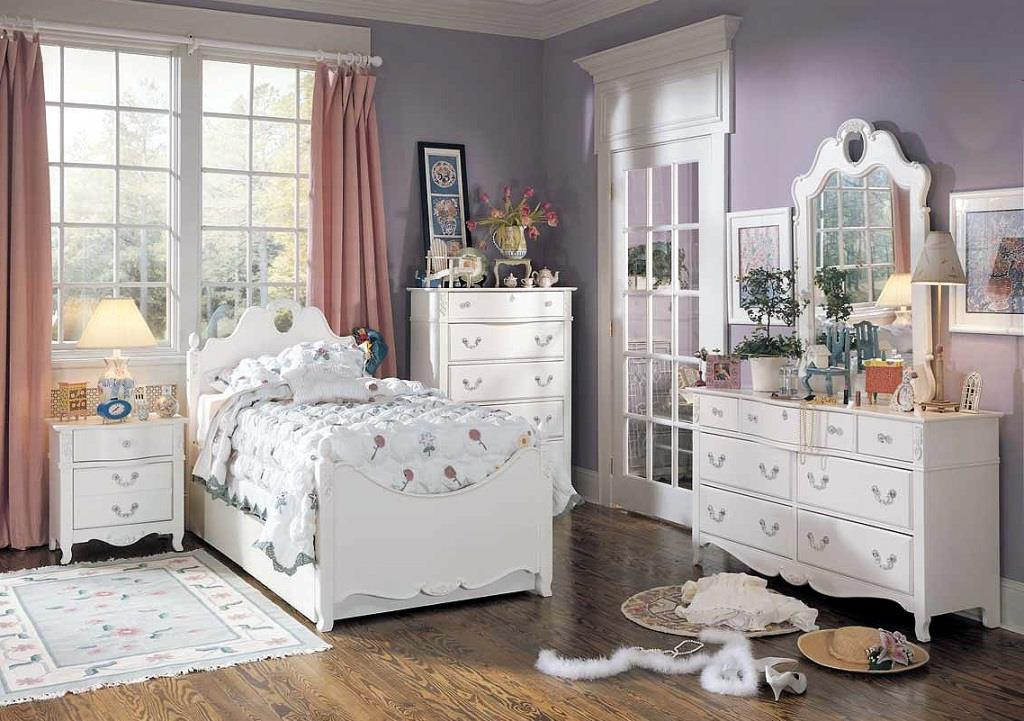 chambre fille style romantique. Black Bedroom Furniture Sets. Home Design Ideas