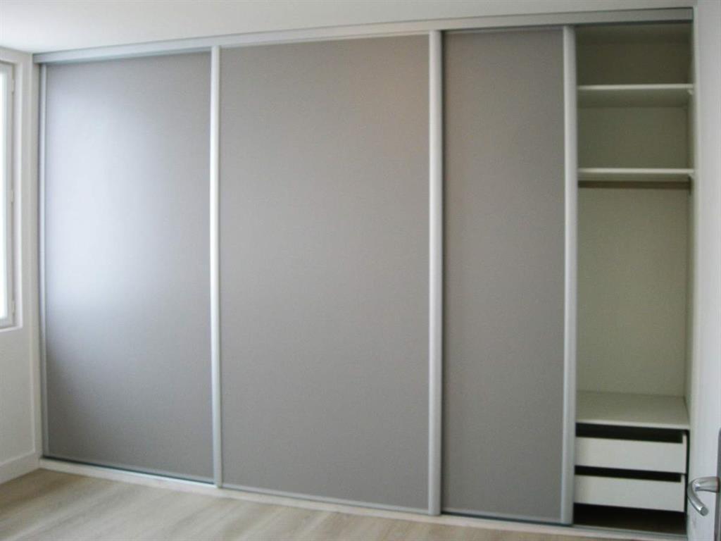 Placard Rangement Chambre Rangement Les Atouts Du Dressing Mural  # Dressing A Mettre Dans Une Chambre Sur Un Mur Entier Avec Tele Incorporee