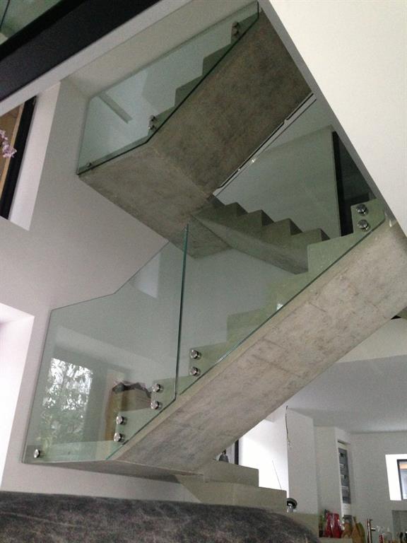 Emejing Escalier Contemporain Beton Gallery - House Design ...