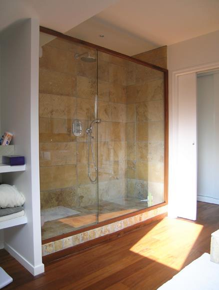 Salle de bain avec grande douche italienne reynald eugene - Grande douche italienne ...