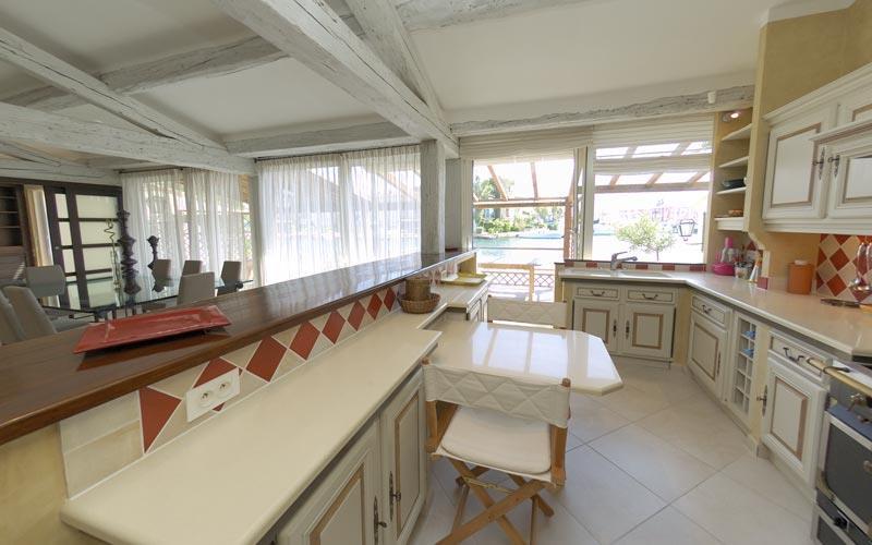 Beautiful Cuisine Ouverte Maison Ancienne Photos - Design Trends ...