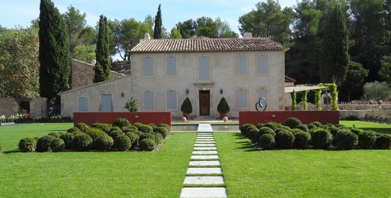 Jardin avec sculpture et massifs cr ation jardin photo n 92 - Sculptuur jardin contemporain ...