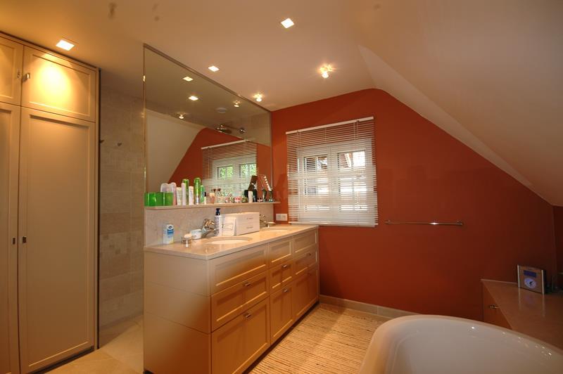 couleur chaude salle de bain