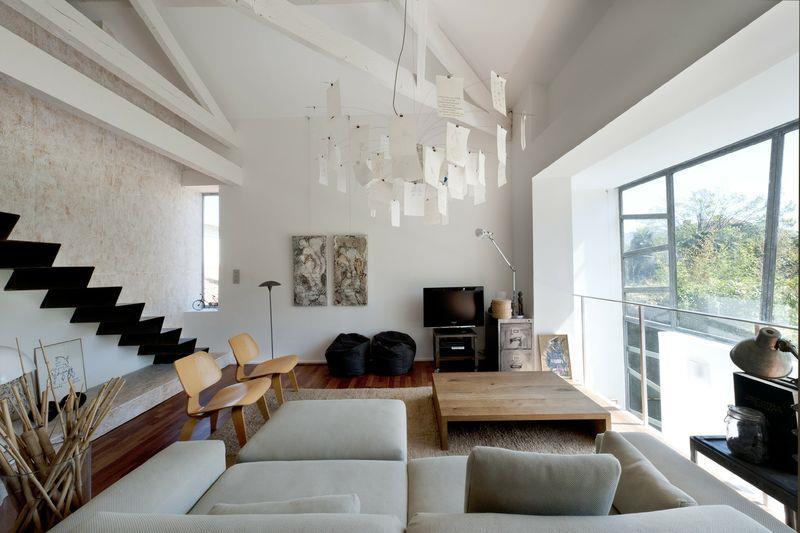 Deco Chambre Avec Poutre Apparente Suspensions De Salon Accroches