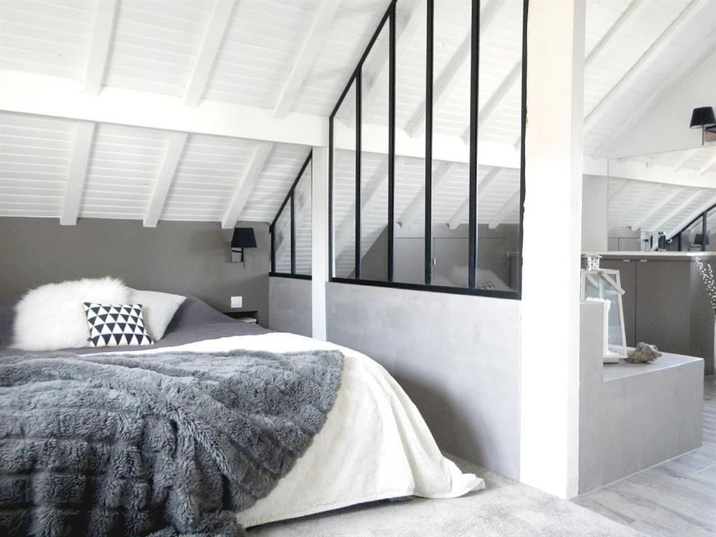 Chambre sous les toits Mesdemoiselles Design photo n°56