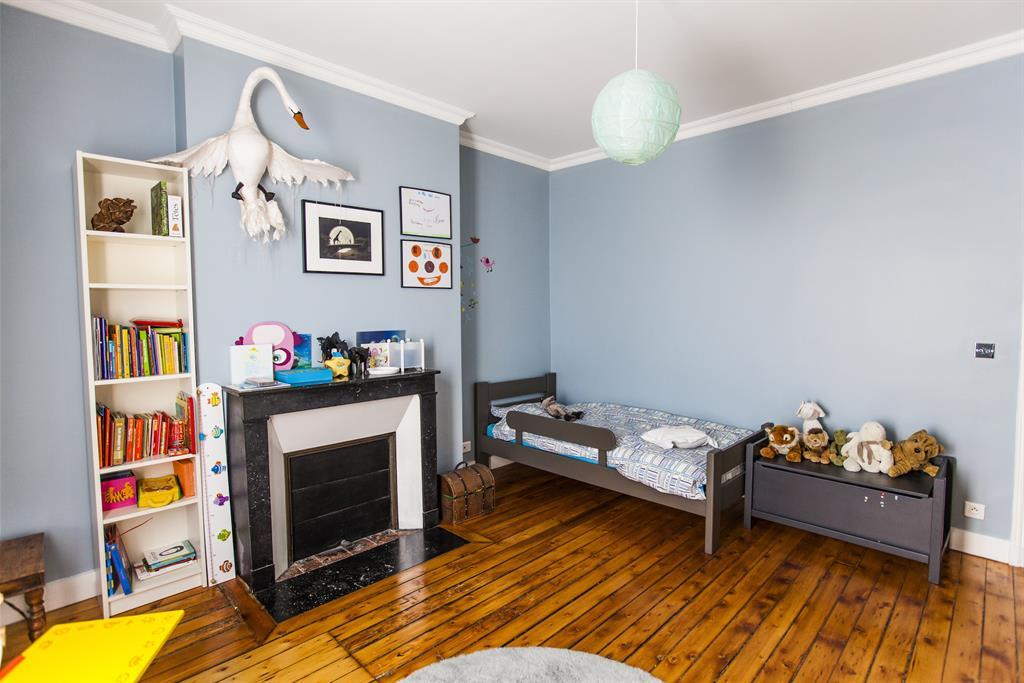 Chambre Bleu Pastel : 618855-chambre-enfant-classique-chambre-pastel.jpg