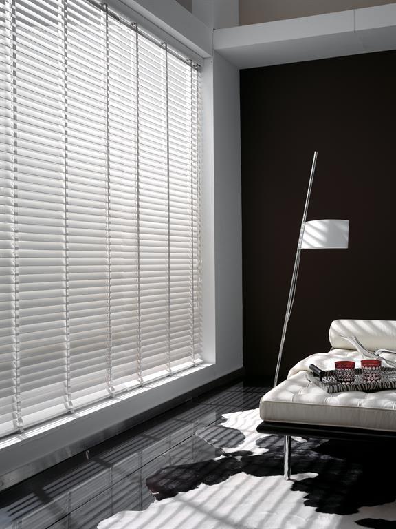 stores v nitiens. Black Bedroom Furniture Sets. Home Design Ideas