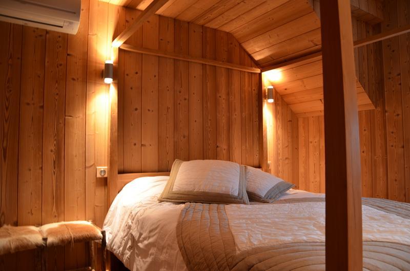 Chambre avec salle de bain attenante ~ Solutions pour la décoration ...
