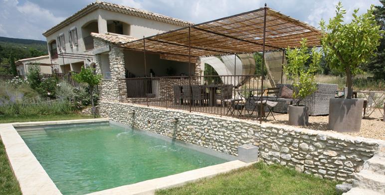 Decoration piscine hors sol couverte 13 limoges piscine for Cout d une piscine couverte