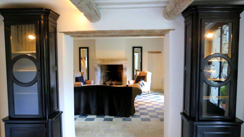 salon avec chemin e ancienne b reng re leroy photo n 16. Black Bedroom Furniture Sets. Home Design Ideas
